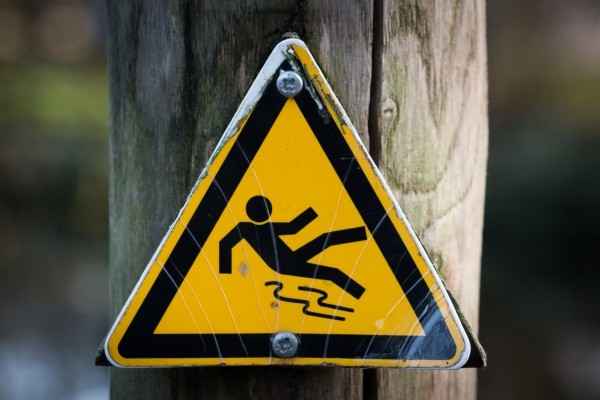 sign-slippery-wet-caution-1